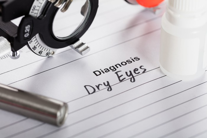 """Form with """"dry eyes"""" filled in as the diagnosis"""