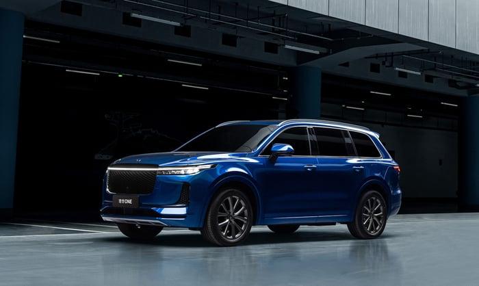 A blue Li ONE, a midsize electric SUV