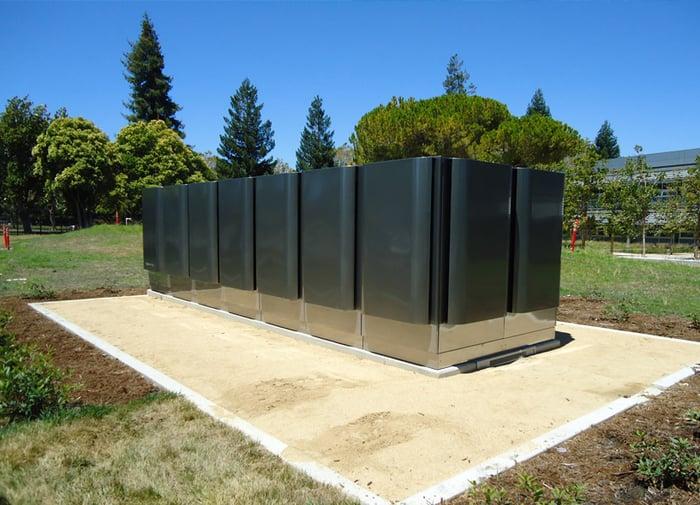 Bloom Energy servers on a pad.