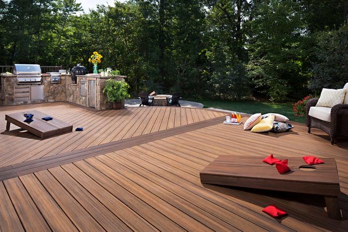 An outdoor deck made of Trex wood-alternative materials.