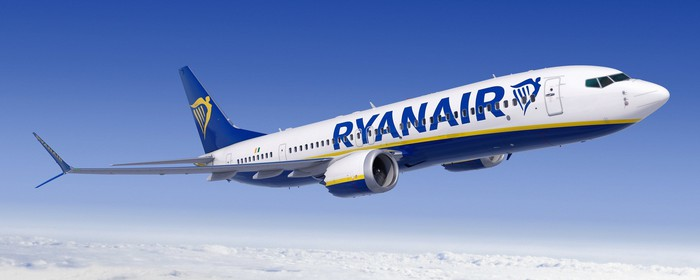 A Boeing 737 MAX in Ryanair colors.