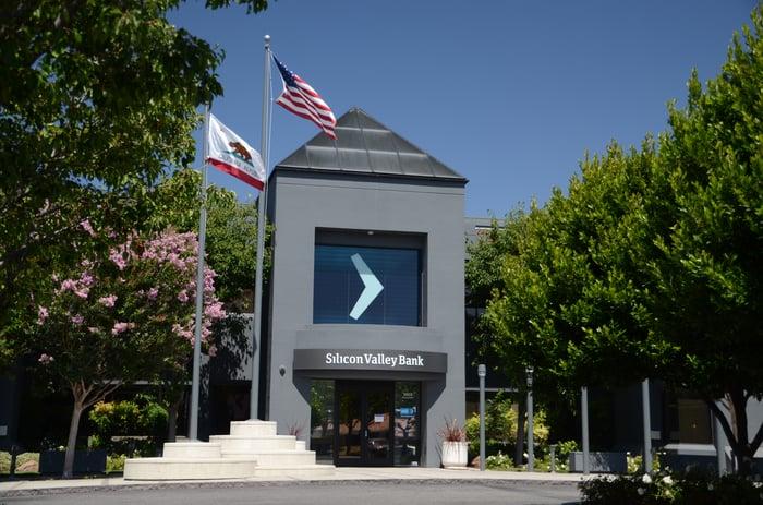 The entrance to a Silicon Valley Bank