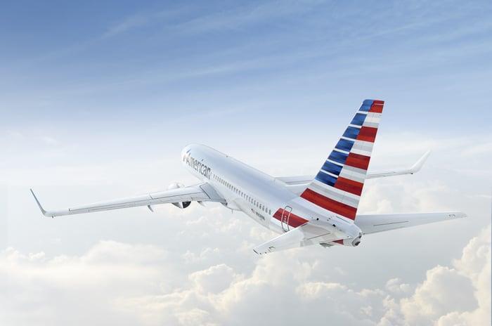 An American 737 in flight.