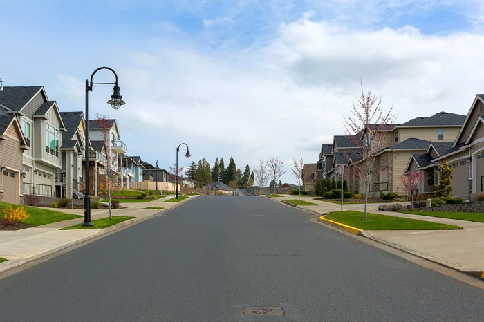 An open road in a suburban street.