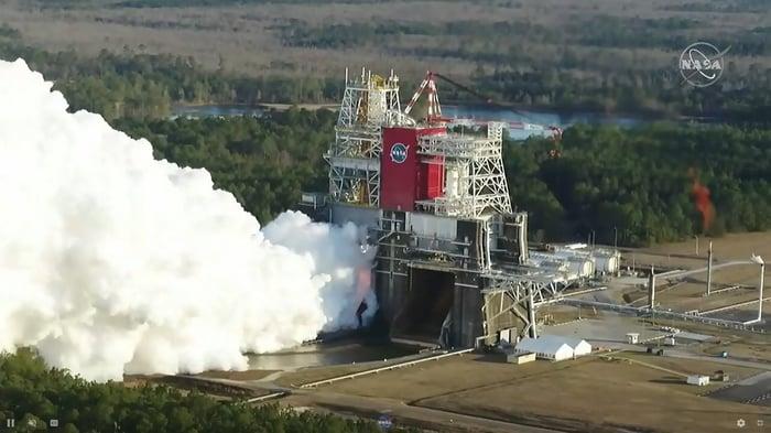SLS engine test at NASA's B-2 Test Stand in Mississippi Jan. 16, 2021.