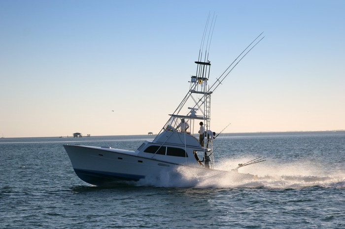 recreational offshore fishing boat