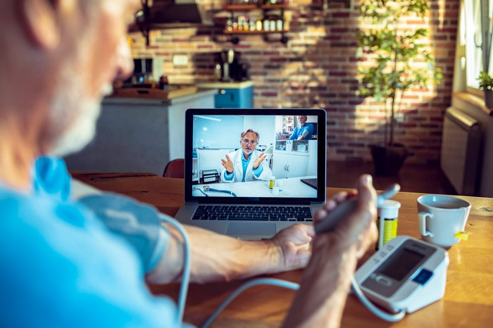 patient online with doctor for telemedicine