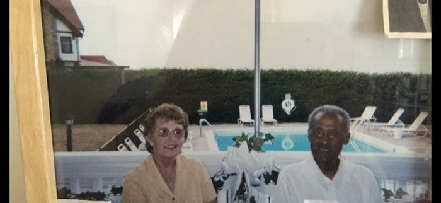 Rene Jones' parents, Lea and Matthew Jones.