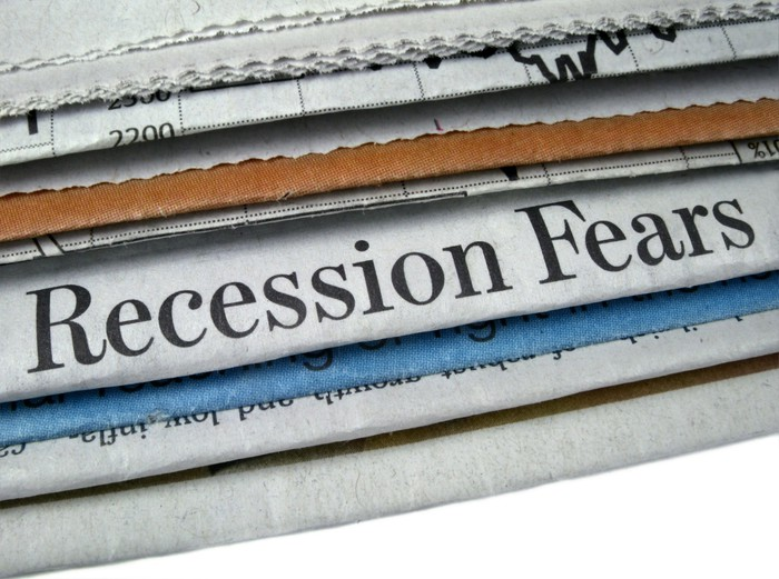 Recession fears in a newspaper headline.