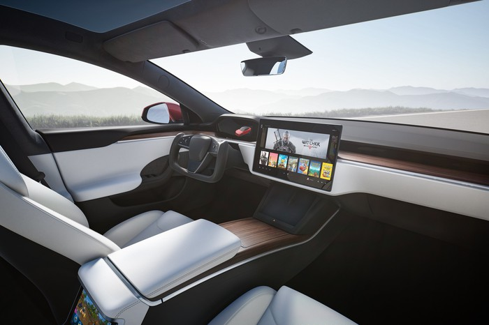 Refreshed Model S interior