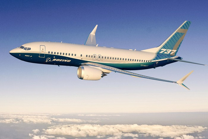 A Boeing 737 MAX 7 in flight