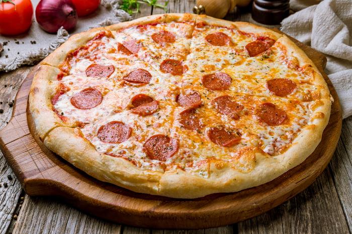 A fresh pepperoni pizza.