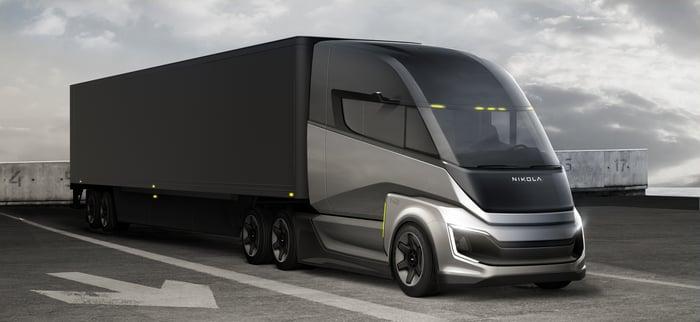 Nikola fuel cell semi truck