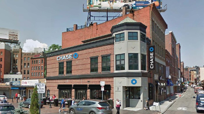 Picture of building with JPMorgan Chase logo on the outside.