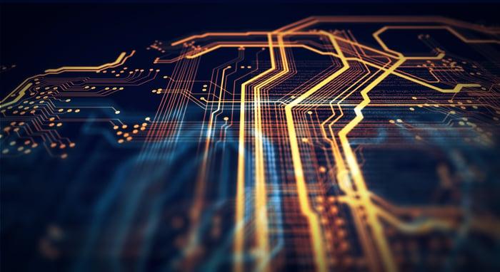 Une photo d'un processeur intégré.