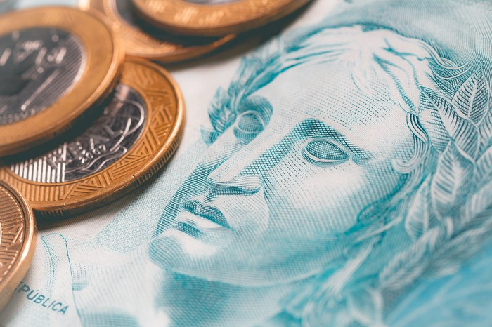 Brazilian paper currency and coins.