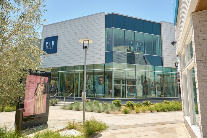 A Gap storefront in an outdoor strip mall location in 2021.