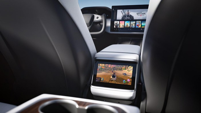 The revamped interior of the Tesla Model S 2021, featuring a backseat gaming screen.