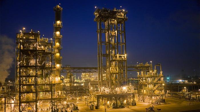 ExxonMobil's Baton Rouge refinery at night
