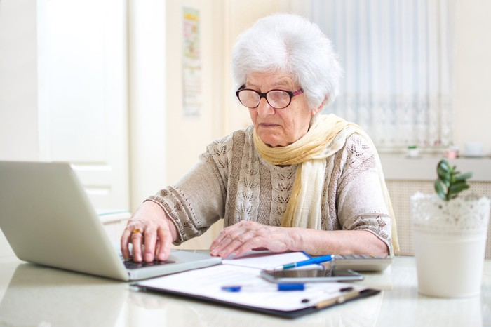 A retired investor looking for dividend stocks.