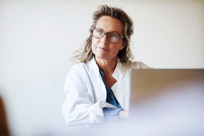 A doctor concentrating.