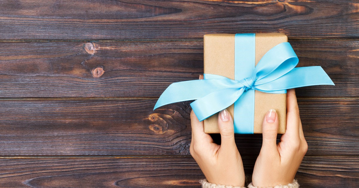 Gift Tax In 2019: How Much Can You Give Before Having To