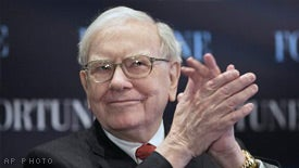 Warren Buffett: Why Being Cheap With Money Is a Big Mistake